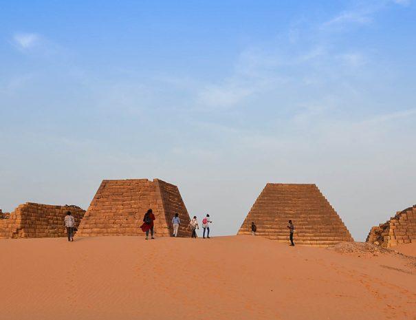 meroe-pyramids-01