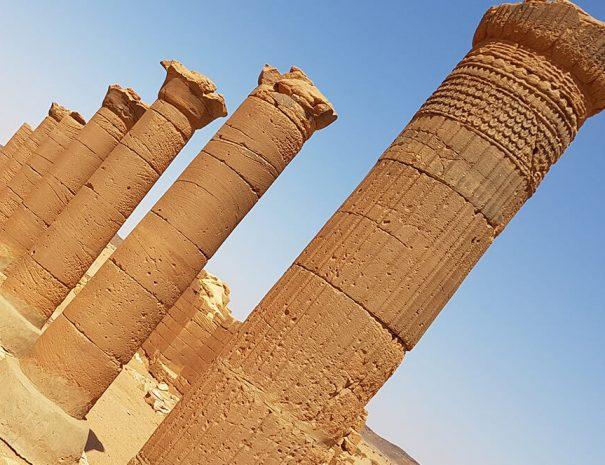the-kingdoms-of-the-desert-02