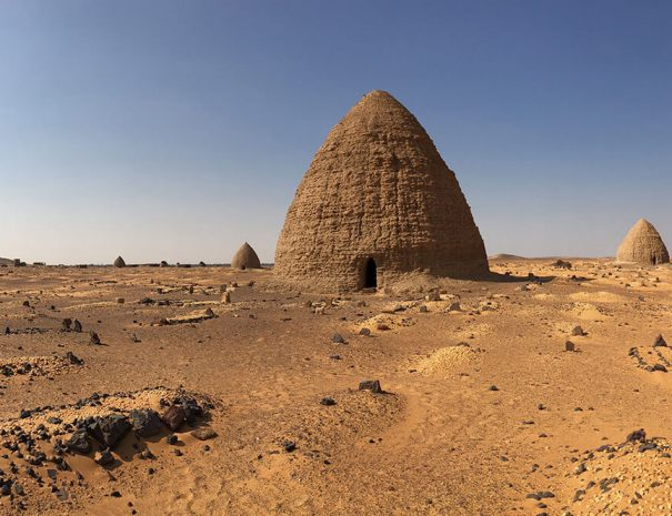 the-kingdoms-of-the-desert-06